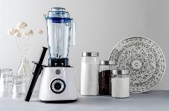 0921 01 Power Blender Lifestyle